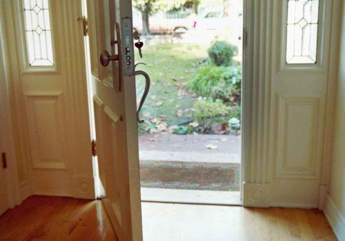 Choosing-a-Door-for-Your-Home